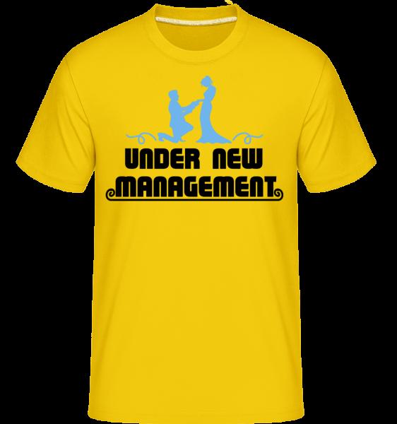 Mariage Under New Management -  Shirtinator Men's T-Shirt - Golden yellow - Vorn